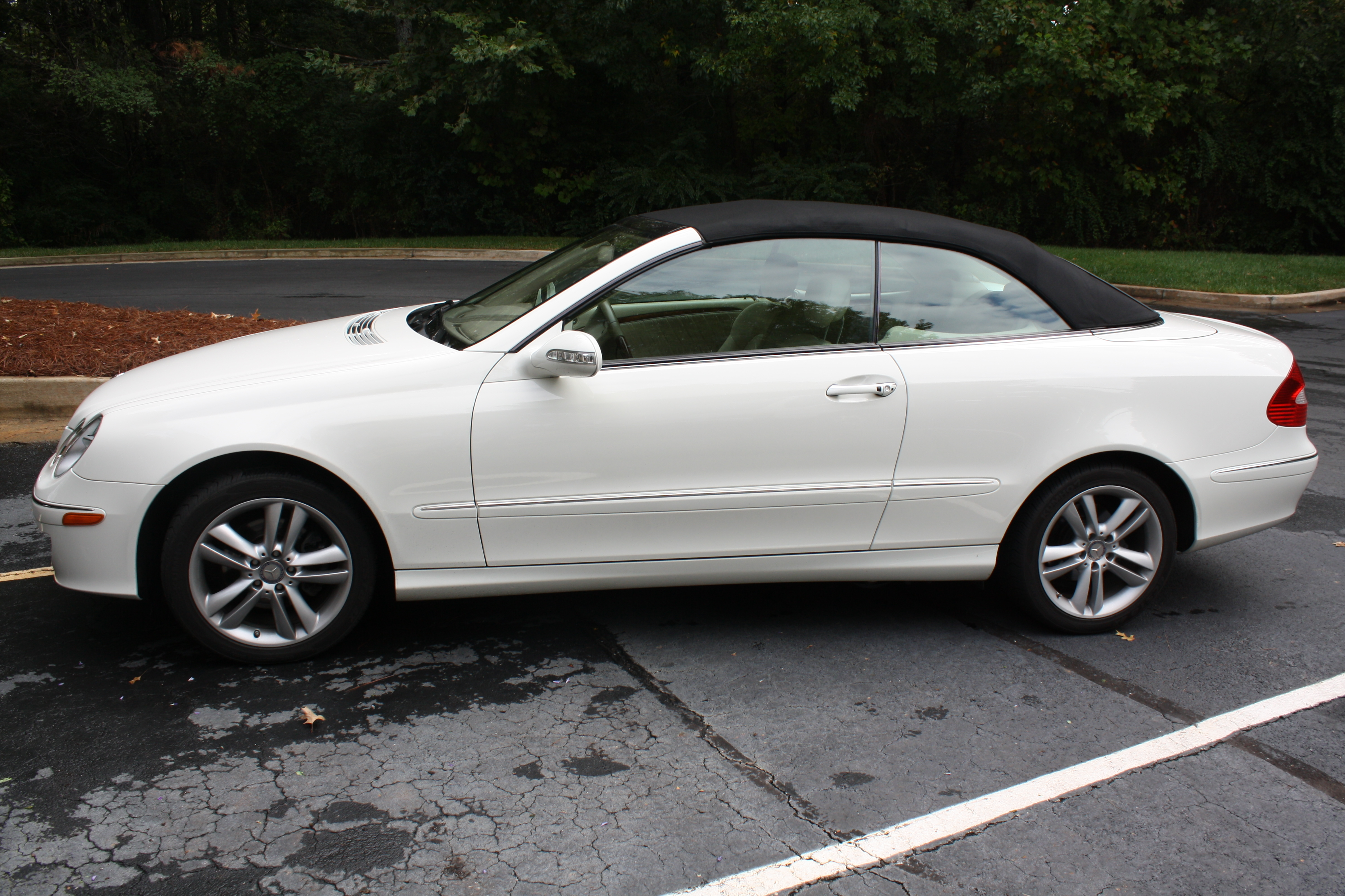 Image gallery 2008 clk convertible for Mercedes benz values