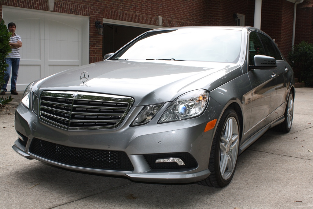 2011 mercedes benz e class e550 4d luxury sedan. Black Bedroom Furniture Sets. Home Design Ideas