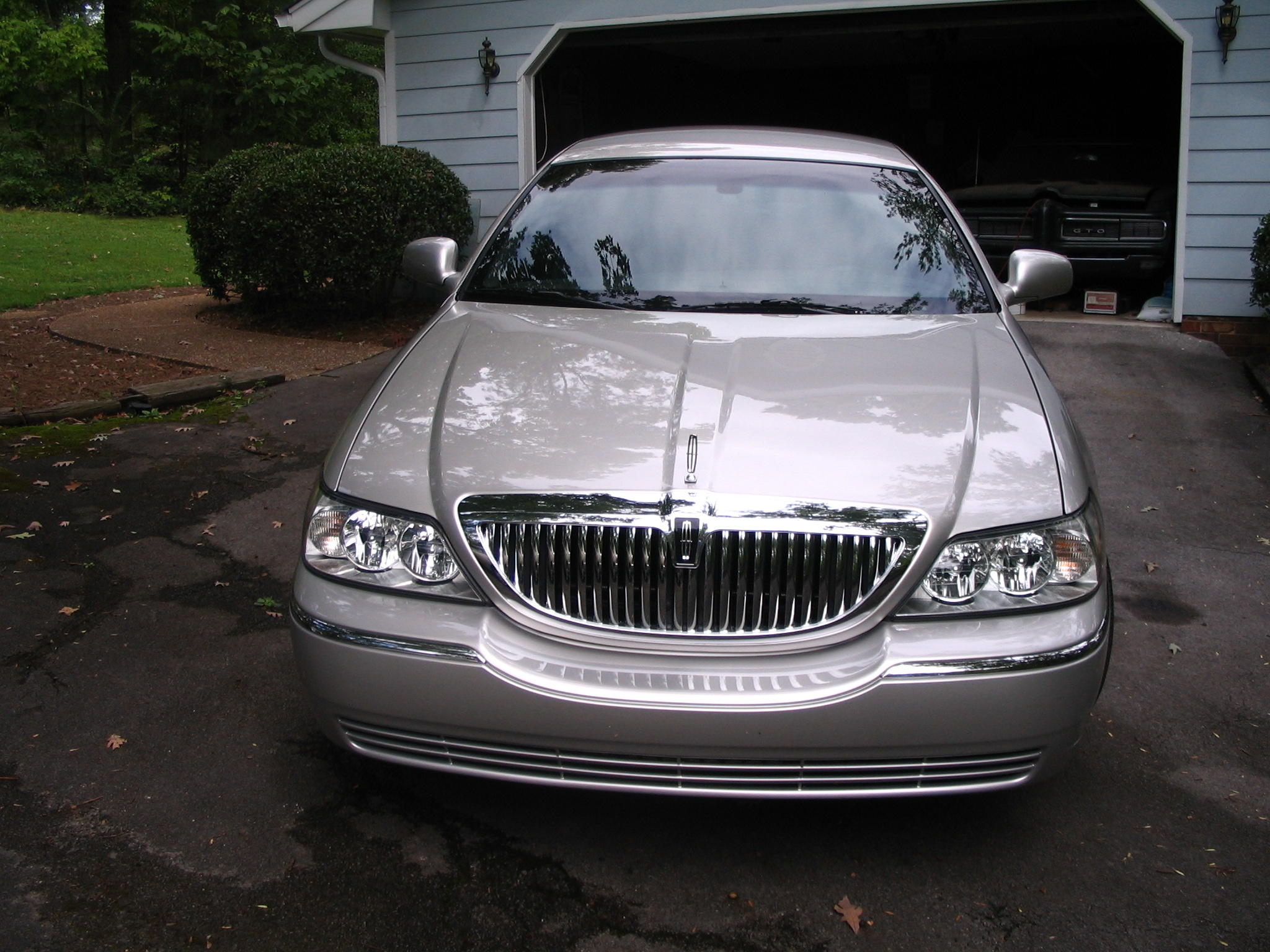 2010 Lincoln Town Car Signature Limited 4d Sedan Diminished Value