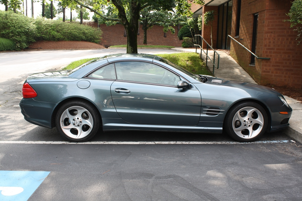 2005 mercedes benz sl500 08 for Mercedes benz insurance cost