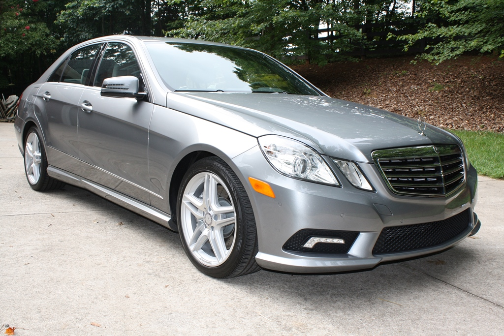 2011 mercedes benz e class e550 4d luxury sedan for Mercedes benz emergency