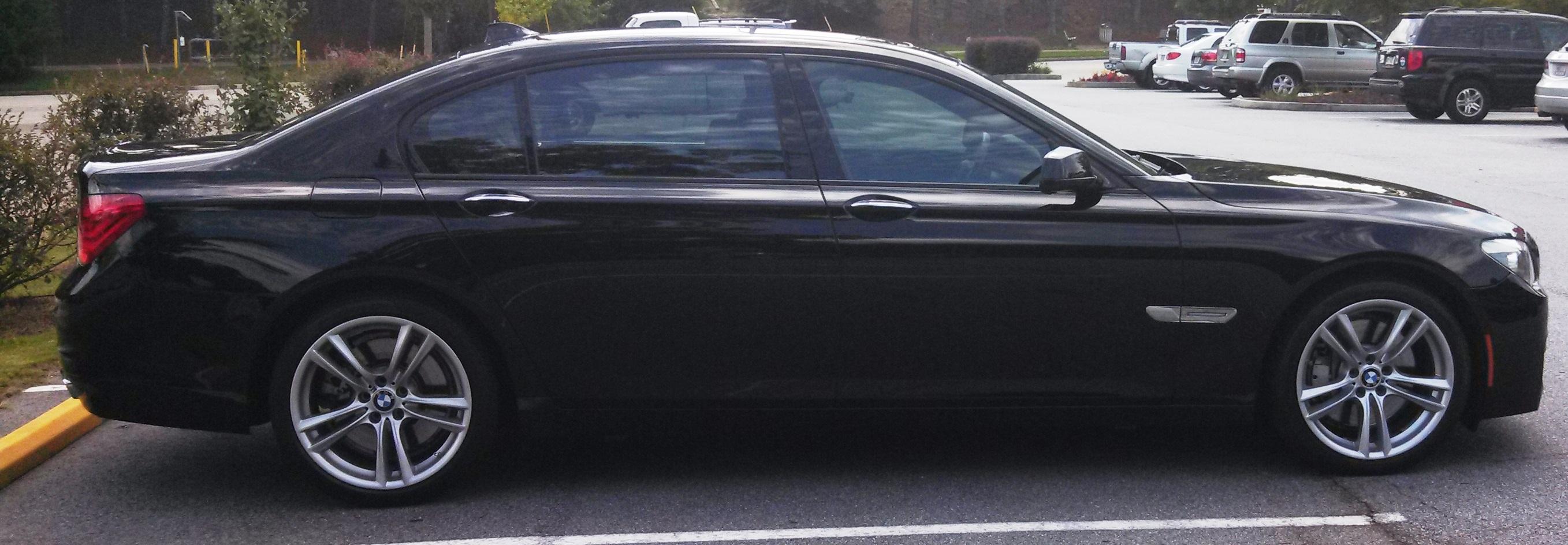 2011 BMW 7 Series 750Li 4D Sedan