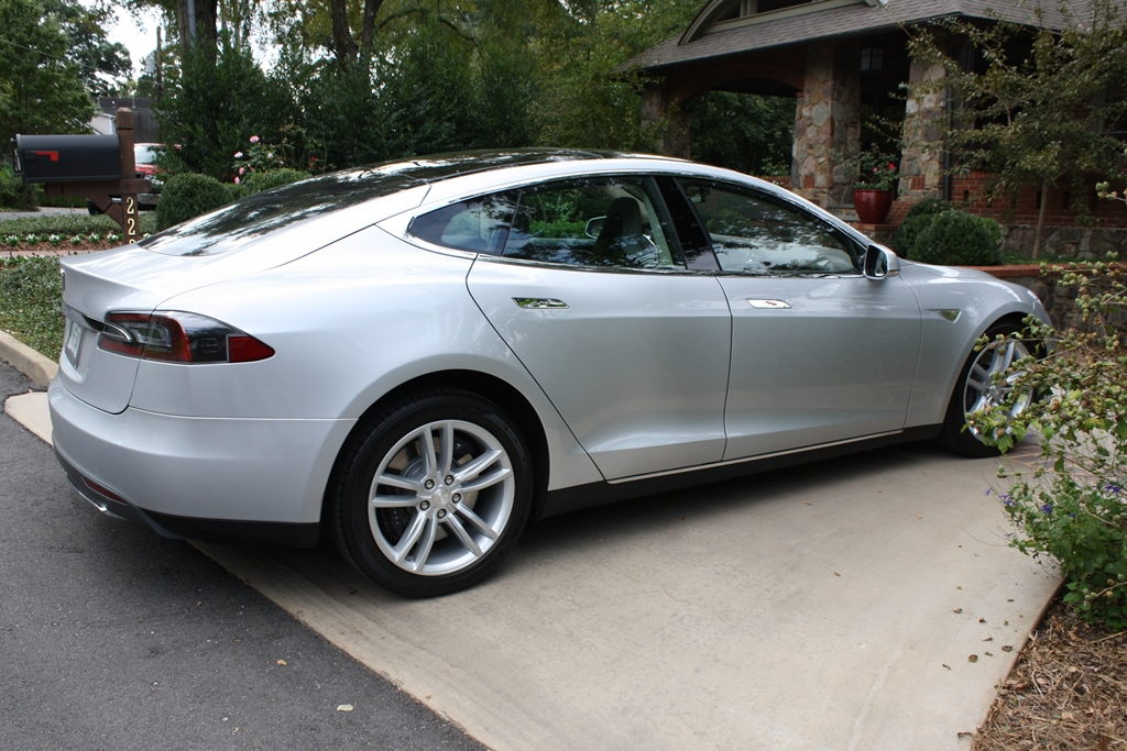 2012 Tesla Model S Signature on tesla model 3 width