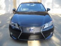 2011 Lexus ES300 H 06