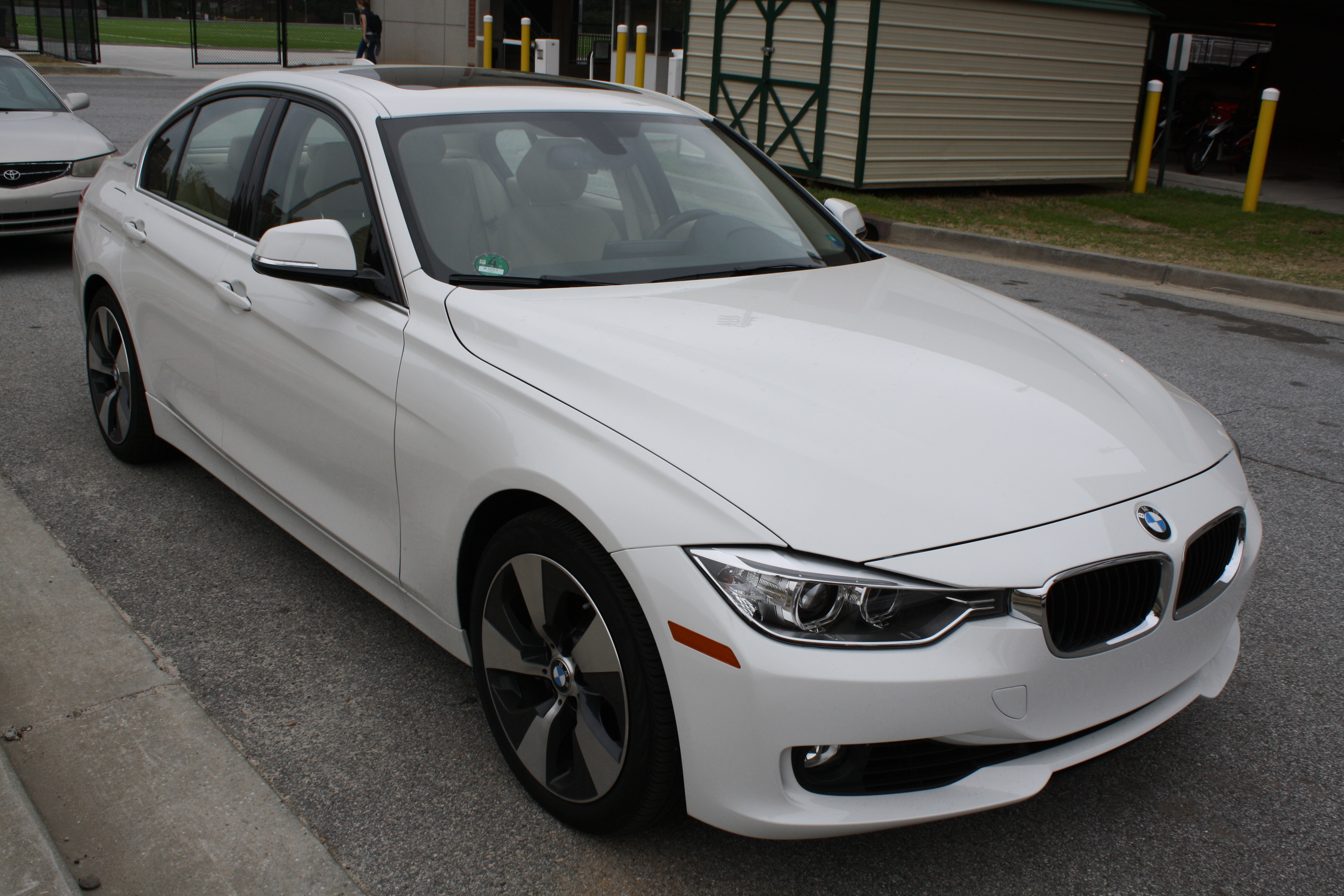2013 BMW Active Hybrid 3 07